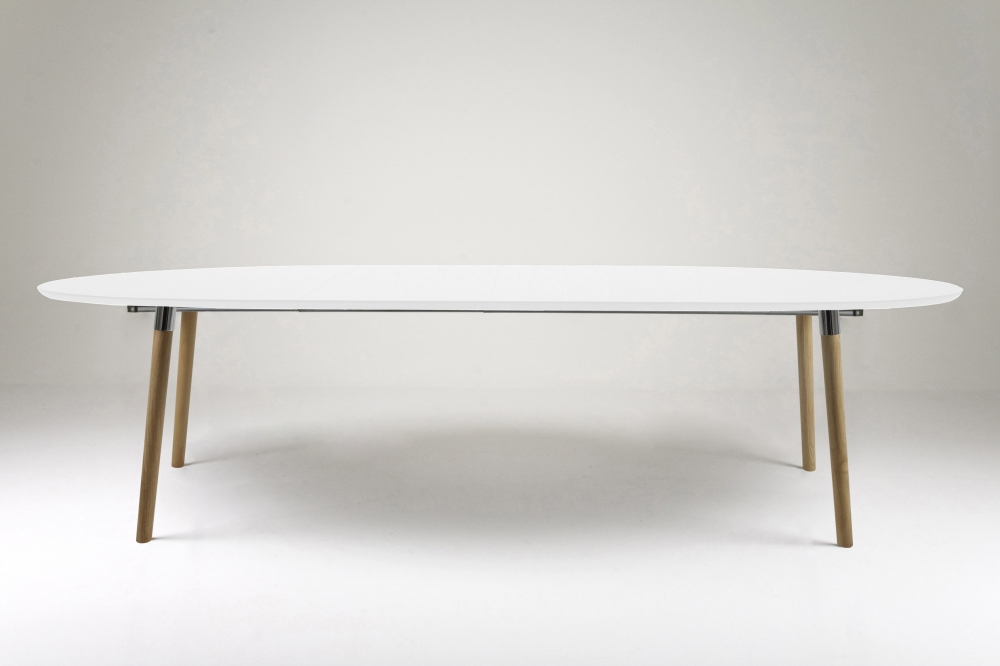 Table manger design laqu blanc rallonges bella mobilier priv - Table blanc laque avec rallonge ...