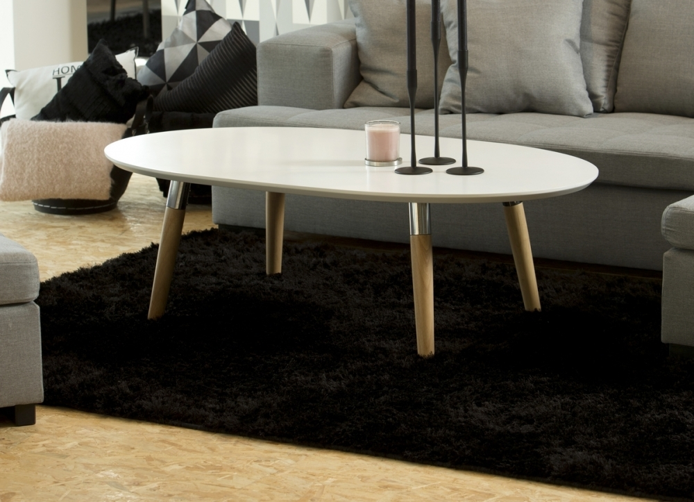 Table basse design en bois laqu blanc best mobilier priv for Table en bois et banc