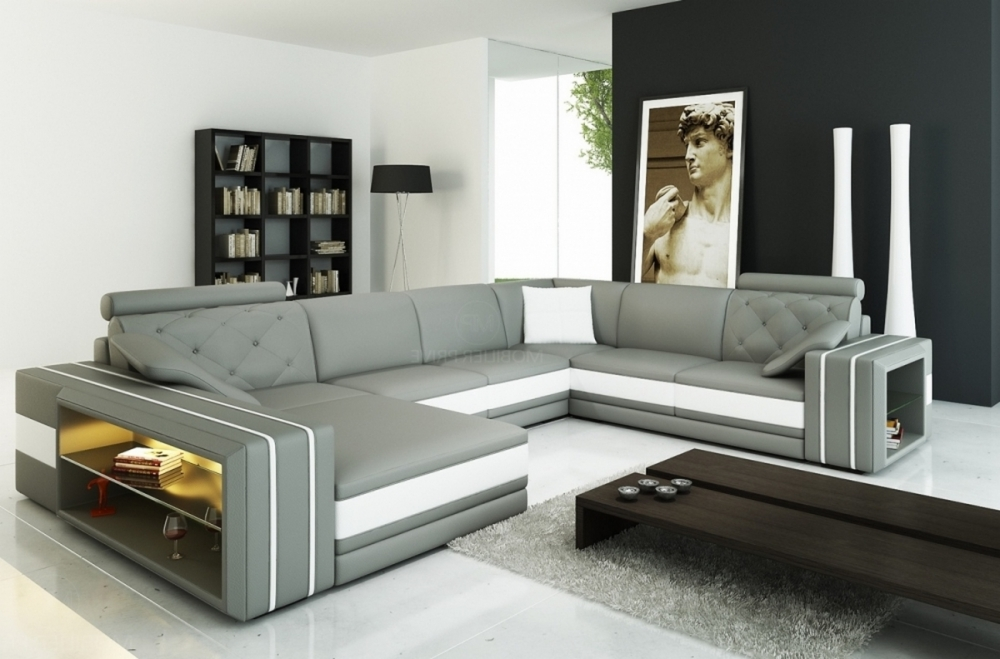canap d 39 angle en cuir italien 8 places bentley gris clair et blanc mobilier priv. Black Bedroom Furniture Sets. Home Design Ideas