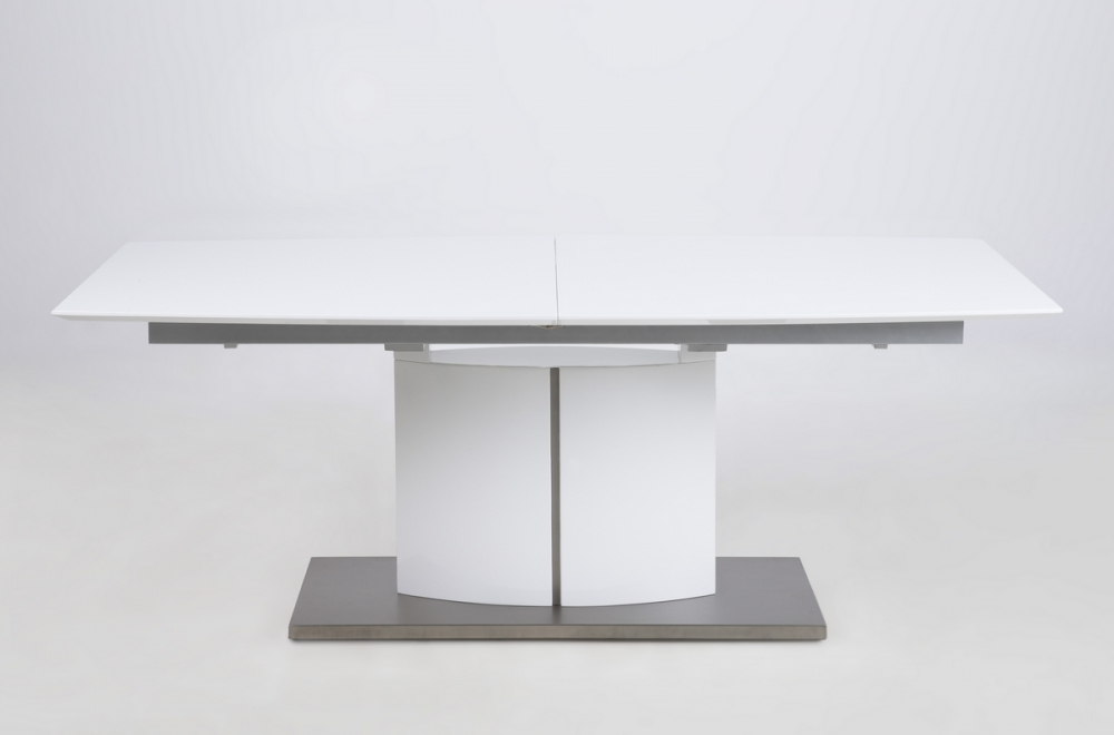 Table manger design laqu blanc mat rallonges canada for Table a manger extensible design