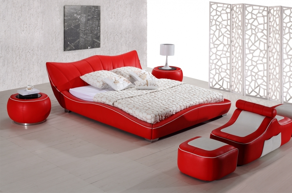 lit en cuir italien de luxe luxen rouge mobilier priv. Black Bedroom Furniture Sets. Home Design Ideas