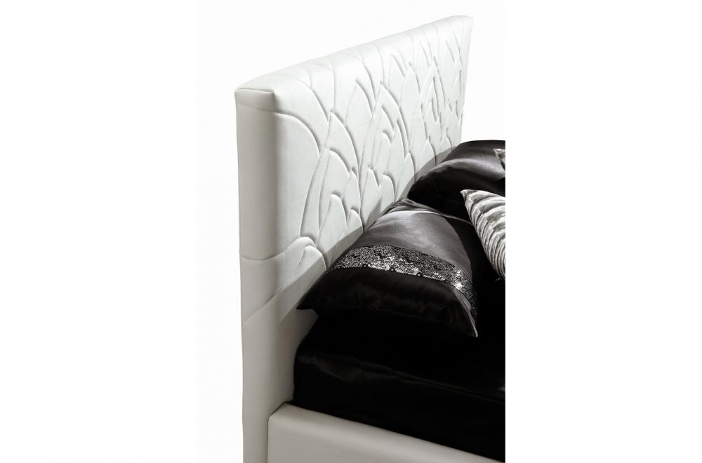 Lit en cuir italien de luxe trendy blanc mobilier priv for Mobilier contemporain luxe