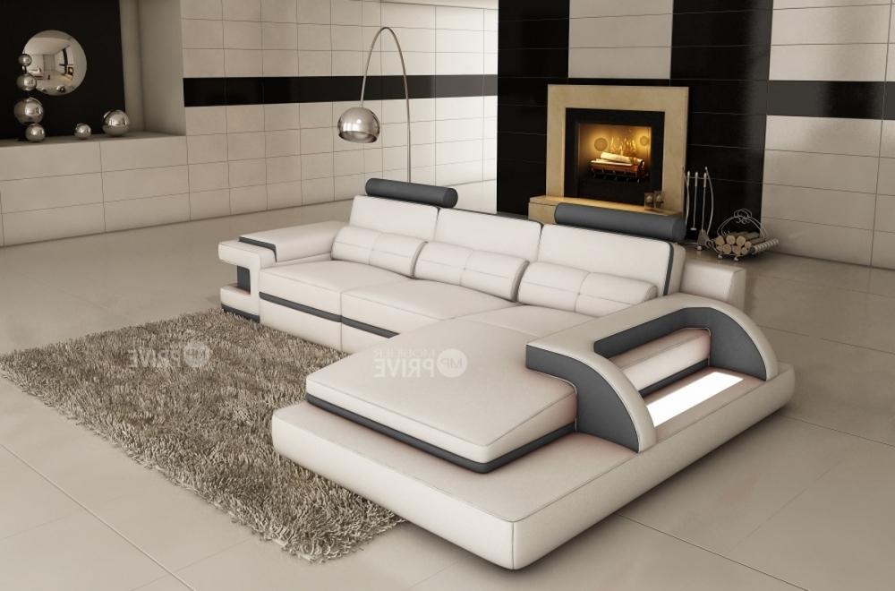 Canap d 39 angle en cuir italien 6 places vinoti blanc et gris fonc mob - Canape cuir blanc et gris ...